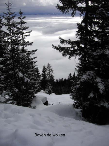 Wandeltocht naar de gipfel van de gerlitzen 11-boven-de-wolken