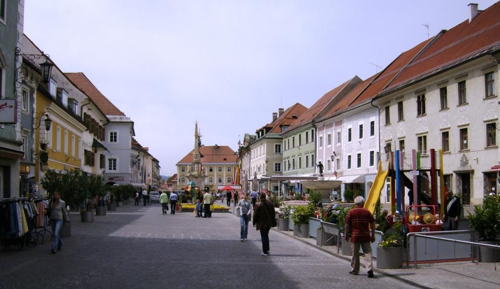 St Veit overzicht Hauptplatz